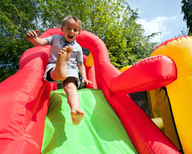 Kids Charlotte: Inflatables and Attractions - Fun 4 Charlotte Kids