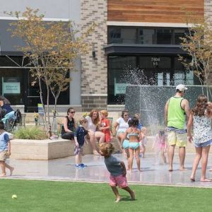 Splash Pad at Weverly Shopping Center