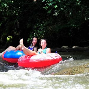 Tubing the Green River